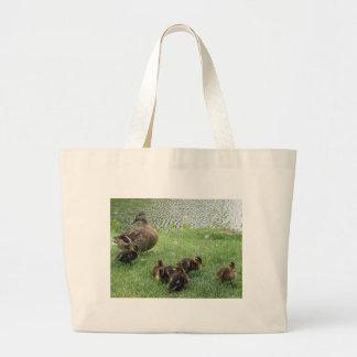 Duck mom and ducklings tote bags